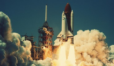 Space shuttle launch HD wallpaper