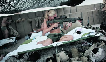 Swedish girls nato sverige isaf ak5 taliban HD wallpaper