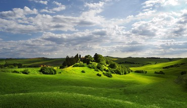 Beautiful tuscan landscape HD wallpaper