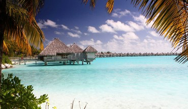 Bora clear blue lagoon HD wallpaper