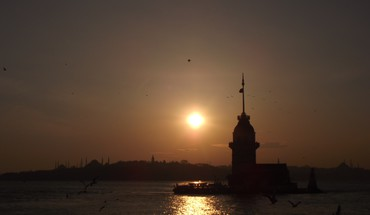 Istanbul turkey backlights cityscapes girltower HD wallpaper