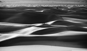 Black and white nature sand desert HD wallpaper