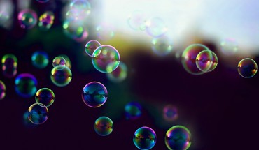 Bubbles iridescence HD wallpaper