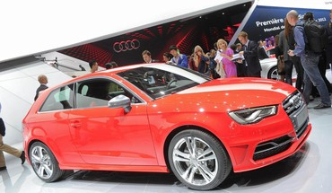 voitures Paris automobiles audi s3  HD wallpaper