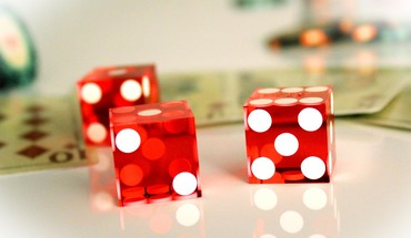 Dice gambling HD wallpaper