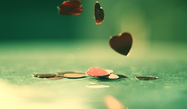 Hearts love vintage HD wallpaper