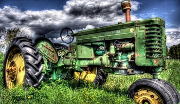 Old john deer hdr HD wallpaper