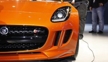 Orange Autos Jaguar F-Type  HD wallpaper