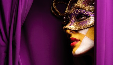 Profile masquerade purple background cloths face paint HD wallpaper