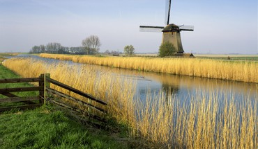 Holland windmills HD wallpaper
