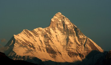 Himalaya mountains nanda devi HD wallpaper