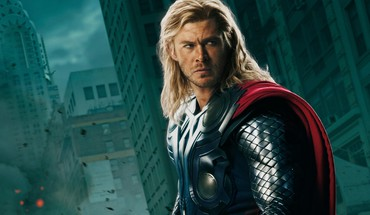 Chris Hemsworth Thor vengeurs de cinéma  HD wallpaper