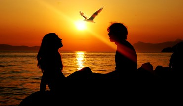 Sun birds couple love scenic HD wallpaper