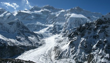 Himalaya Kangchenjunga mountains  HD wallpaper
