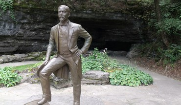Jack Daniels Bronze park Statuen  HD wallpaper