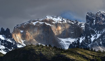 Dark white rocks escudo patagonia dawning sunbeams HD wallpaper