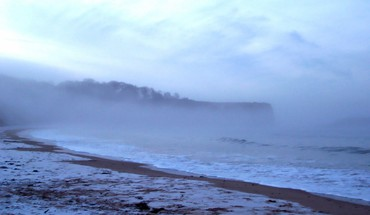 Coast beach waves fog mist scotland frost HD wallpaper