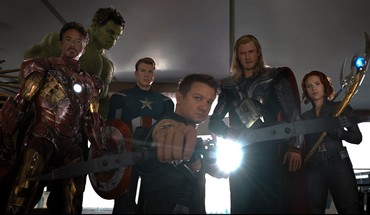 Avengers (movie) bow (weapon) movie stills sceptres HD wallpaper
