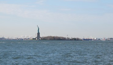 York city statue of liberty usa cityscapes HD wallpaper