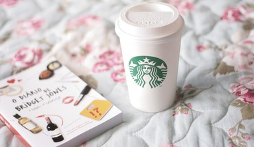 Starbucks books coffee HD wallpaper