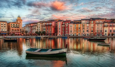 Buildings boats HD wallpaper