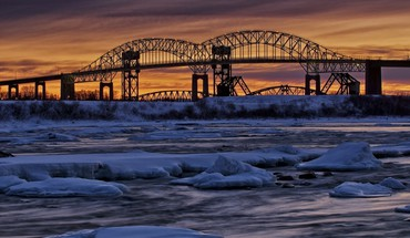 Dual bridges over a river in winter HD wallpaper