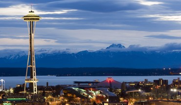 Seattle city lights cityscapes skyline mountains HD wallpaper