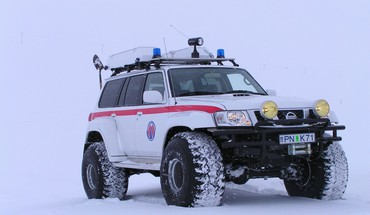 Nissan patrol arctic truck cars snow HD wallpaper