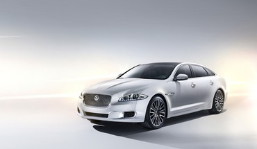 Jaguar XJ Autos Studio supercars ultimative  HD wallpaper