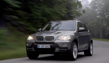 Bmw blurred cars HD wallpaper
