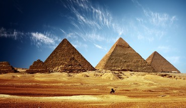 Egyptian cityscapes pyramids HD wallpaper