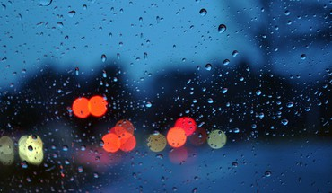 Bokeh glass rain water drops HD wallpaper