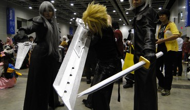 Cloud strife final fantasy vii advent children cosplay HD wallpaper