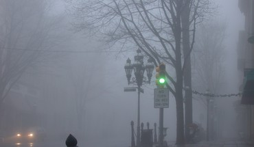 A foggy town HD wallpaper