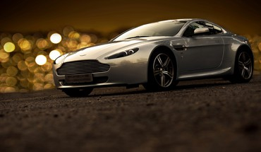 Aston amour  HD wallpaper