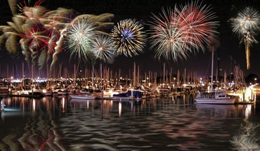 Fireworks ships digital art july HD wallpaper