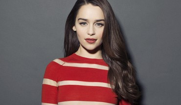 Emilia clarke theater diamond earrings striped top HD wallpaper