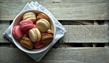Macarons  HD wallpaper