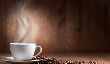 Fresh cup of coffee HD wallpaper