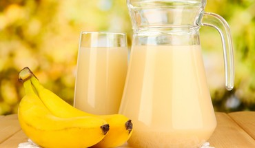 Banana juice HD wallpaper