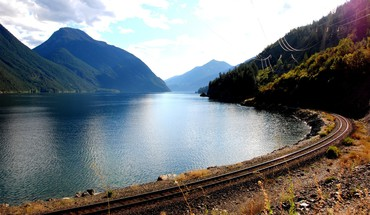 Railroad tracks lakes HD wallpaper