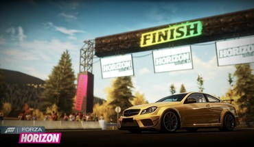 Xbox 360 Mercedes-Benz C63 AMG forza horizon  HD wallpaper