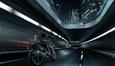 Motorbikes rendered HD wallpaper