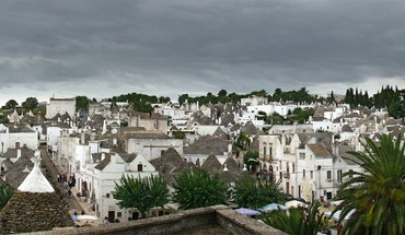 Italia italy alberobello puglia landscapes panorama HD wallpaper