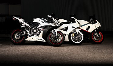 Choose your weapon and let race HD wallpaper