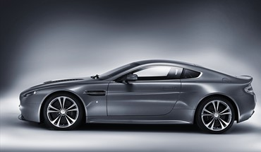 Cars vehicles aston martin v12 vantage HD wallpaper