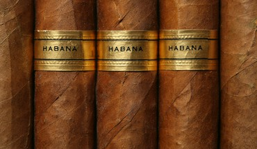 Cigars macro HD wallpaper