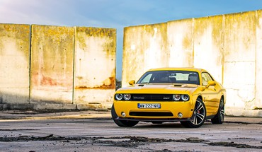Cars dodge challenger races american muscle HD wallpaper