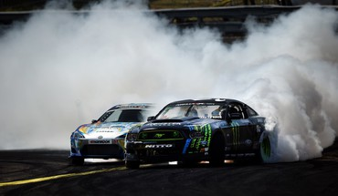 Cars smoke track races drift HD wallpaper