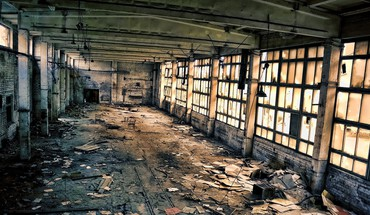 Abandoned warehouse HD wallpaper
